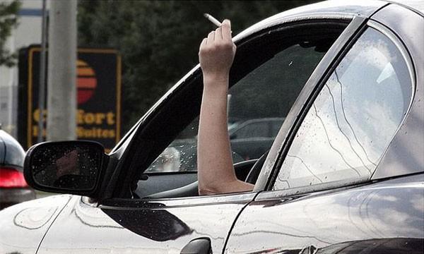 Автомобили курильщиков теряют в цене больше всего