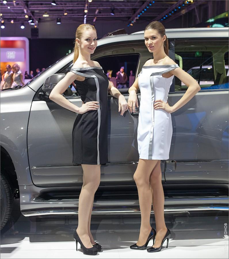 Девушки на ММАС 2012