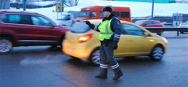 Пять уловок сотрудников ГИБДД, на которые водителям лучше не попадаться