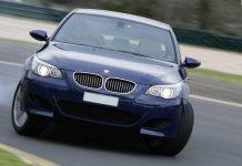 Какой тормозной путь у автомобиля и мотоцикла при скорости 60 км/ч?