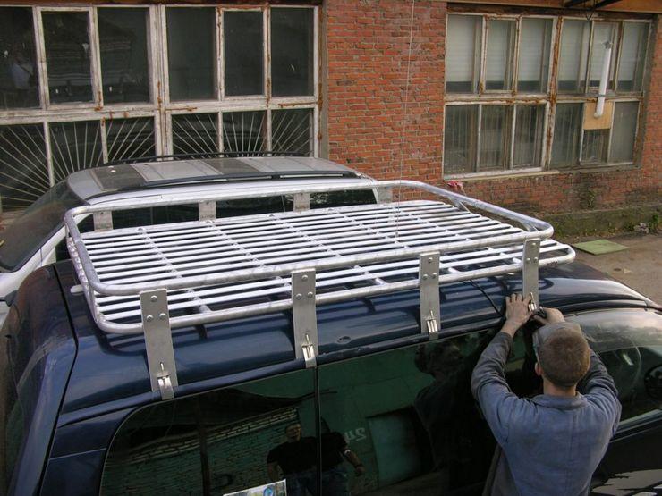 Запрет на багажник на крышу автомобиля?