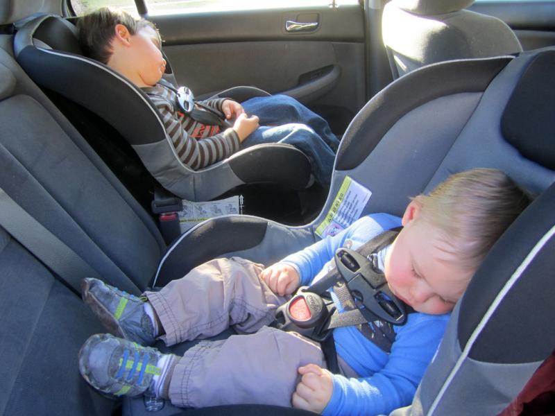 Какие существуют правила перевозки детей в автомобиле