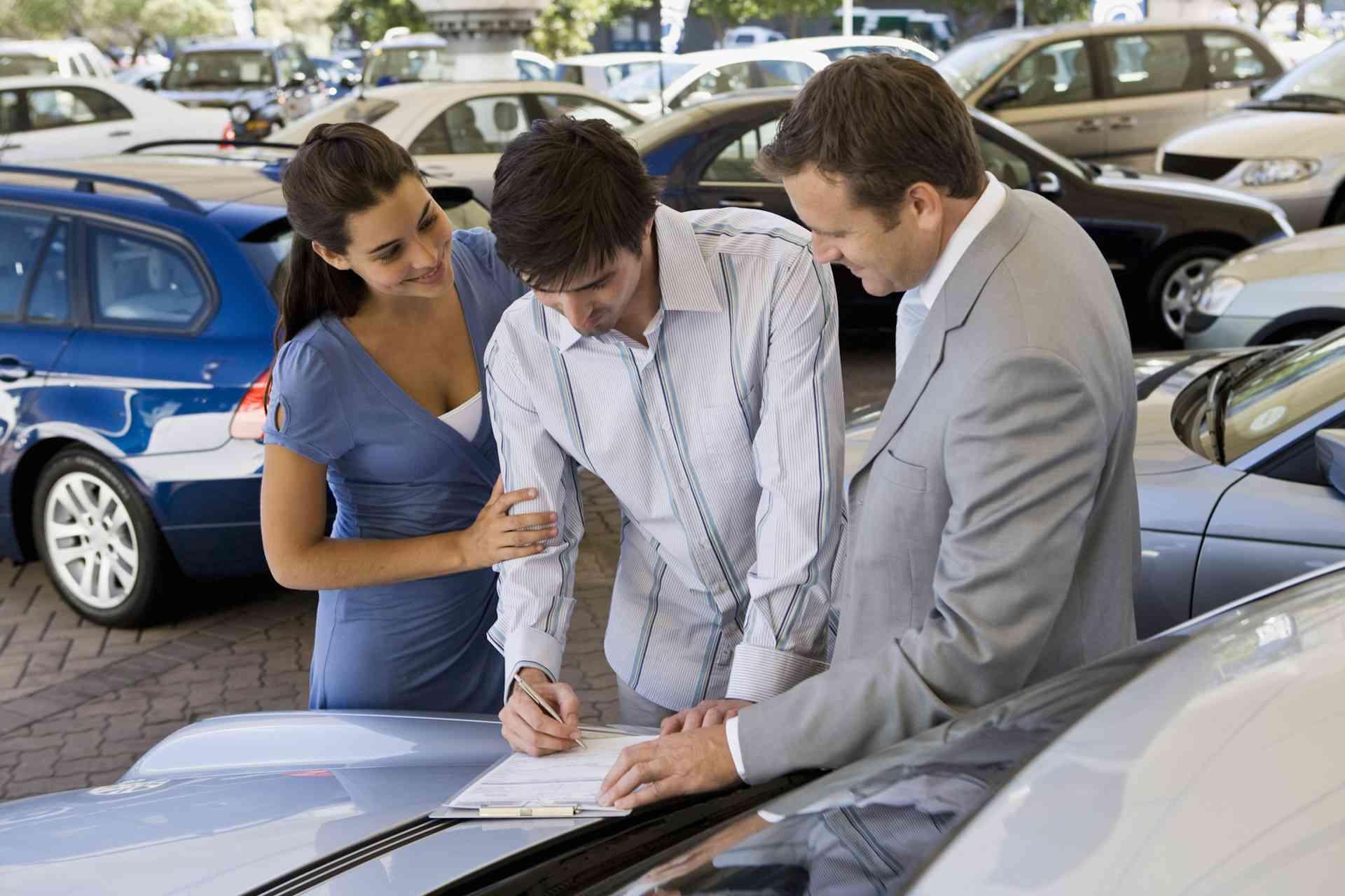 Преимущества покупки подержанного автомобиля