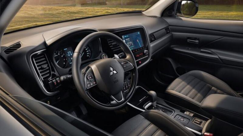 В России начались продажи Mitsubishi Outlander 2021 модельного года